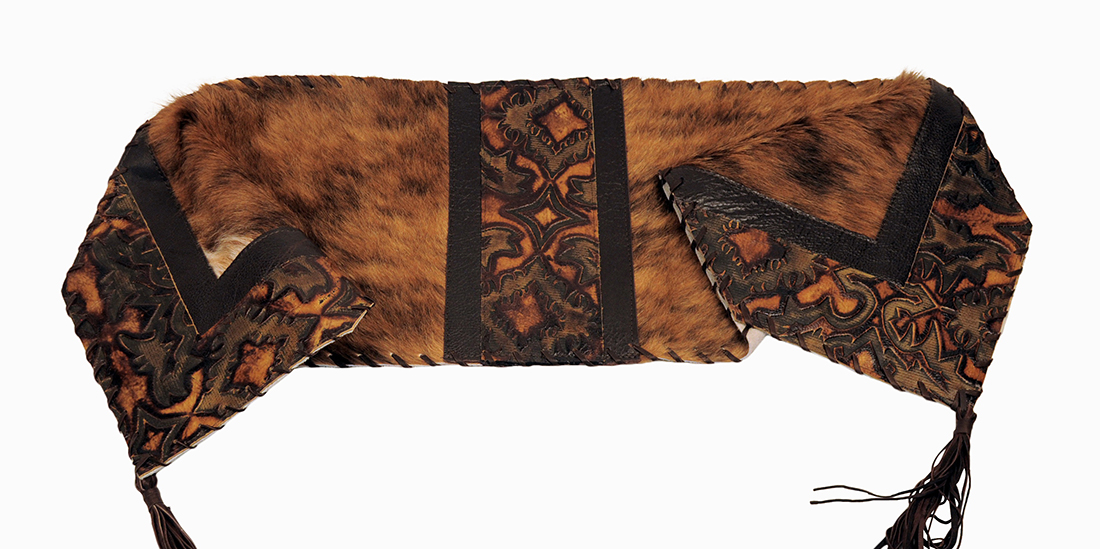 Western Medium Brindle Leather Table Runner Western Kitchen And Dining Decor